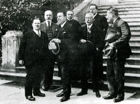 Andreo Ĉe inter movadgvidantoj en 1926